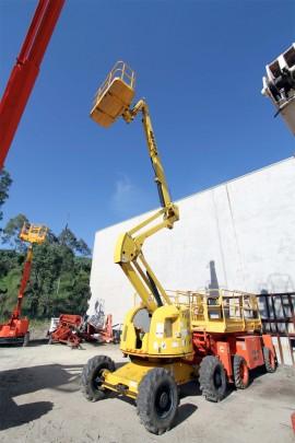 18m-diesel-knuckle-boom