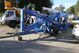 17-Metre-Trailer-Lift-with-hydraulic-drive